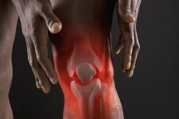 arthritic-knee-93119861-resized-56aae71a5f9b58b7d0091450-696x464